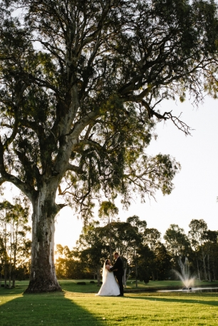 McLaren Vale Wedding Photographer | Serafino Wines | Lucinda May Photography